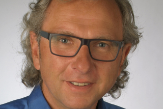 Dr. Uwe Seher